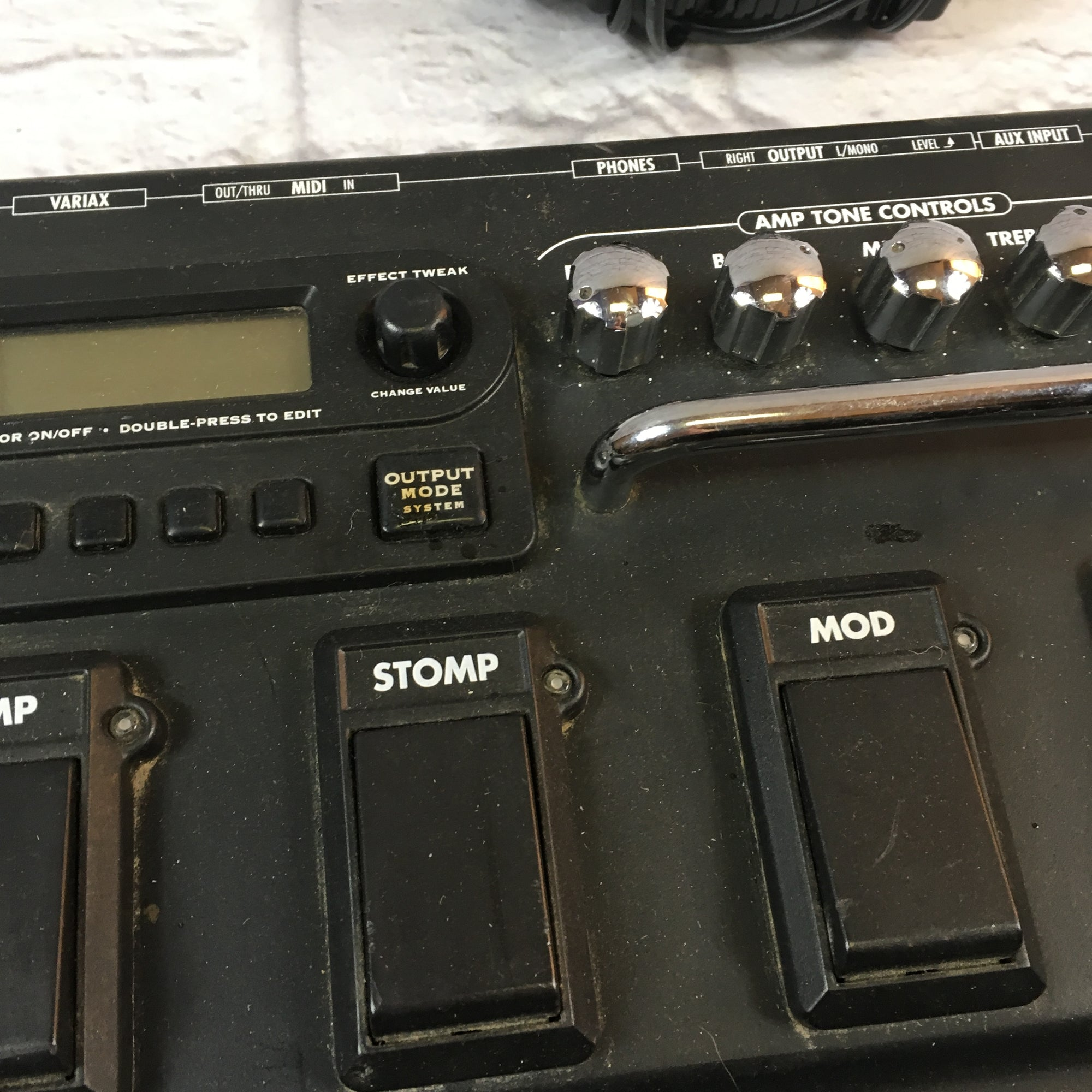 Line 6 Pod XT Live Multi-Effects Pedal