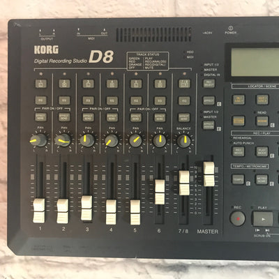 Korg D8 Digital Recorder w/ PS