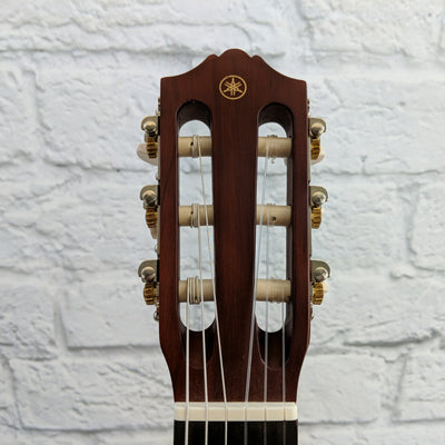 Yamaha GL1 Guitalele with Gig Bag