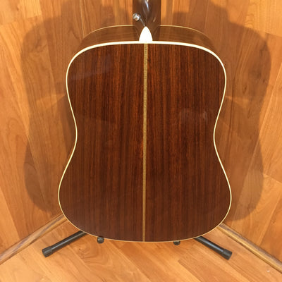 Martin HD28VR Natural Finish Acoustic Guitar w Hard Case