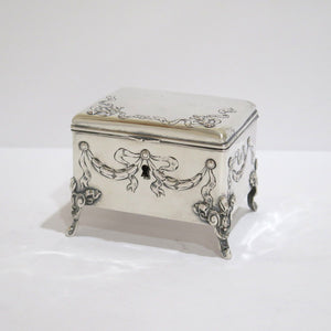 4.5 in - Sterling Silver Antique Ribbon Decorated Tea Box with Lock