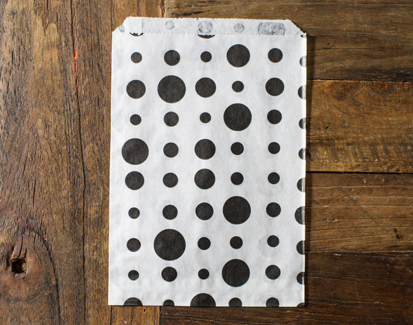 black and white polka dot candy, treat, or gift party paper bags