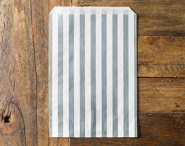 25 striped paper bags