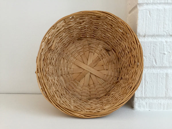 woven reed and jute natural round basket