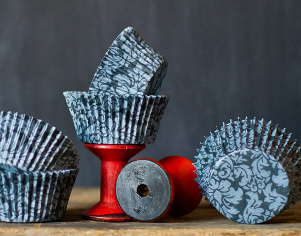 black and grey damask print paper cupcake liners