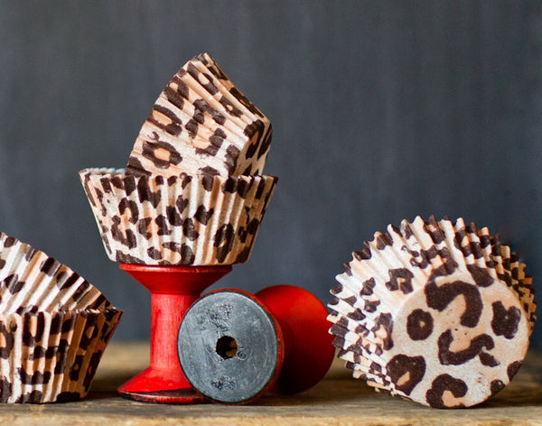 leopard animal print paper cupcake liners