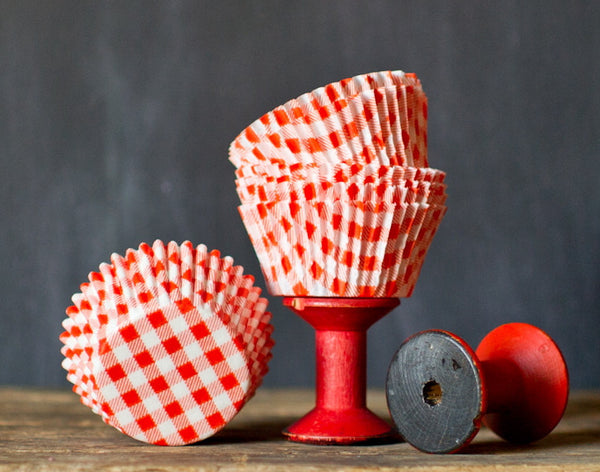 orange and white gingham paper cupcake liners for a Halloween