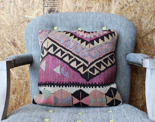 vintage turkish Kilim bohemian aztec pillows
