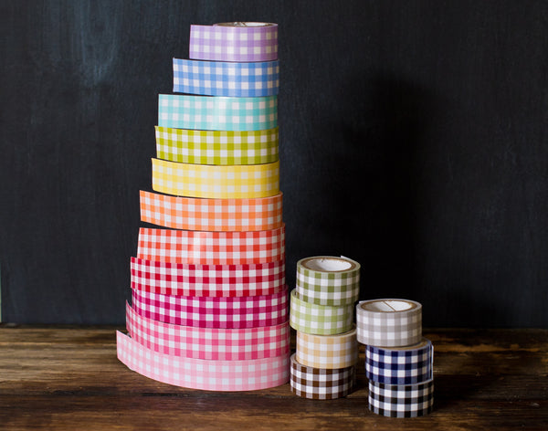 Tapetastic gingham tape roll