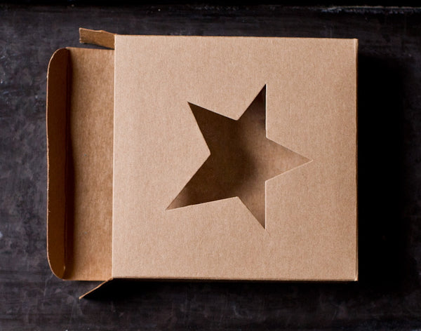 4 individual cardboard cookie boxes with window