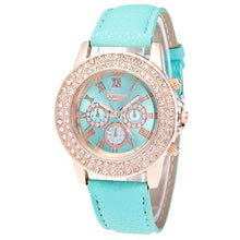 Load image into Gallery viewer, Luxury Rhinestone Crystal Watch