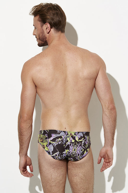 Grayson Boyd Australian Swimwear Brand / Swimwear store - Designer Swimwear Australia specialising in male swimmers, togs, bondi swimwear, boardies, showcasing iconic Australia with Australian design from this Australian swimwear label and swimwear boutique. One of the best swimsuit brands.