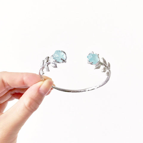 Silver Aquamarine Cuff. Aquamarine Cuff. Aquamarine Bracelet. Silver Aquamarine Bracelet. Sterling Silver Cuff. Silver Bridal Jewelry. Boho Wedding Jewelry. Rustic Wedding Jewelry. Silver Bridal Cuff. Raw Aquamarine Cuff. Raw Aquamarine Bracelet. Handmade Cuff. March birthstone jewelry. Boho wedding jewellery.