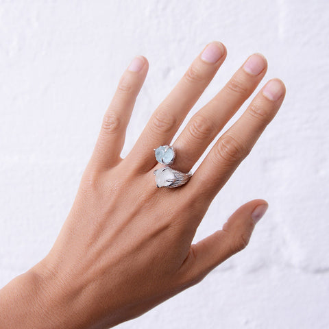 Silver gemstone ring. Aquamarine ring. White topaz. Silver aquamarine ring. Silver gemstone ring. Silver Statement Ring. Boho. Unique Gemstone Ring. Raw Gemstone Ring.