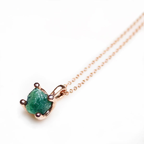 Raw emerald necklace. Emerald gold necklace. Emerald Rose Gold Necklace. Raw Emerald. Rough Emerald Necklace. Gemstone Jewellery Australia. Emerald Pendant. Raw Emerald Pendant. Raw Emerald Jewelry. May birthstone. May birthstone Necklace. Elegant Rose Gold Necklace. Fine Rose Gold Chain.