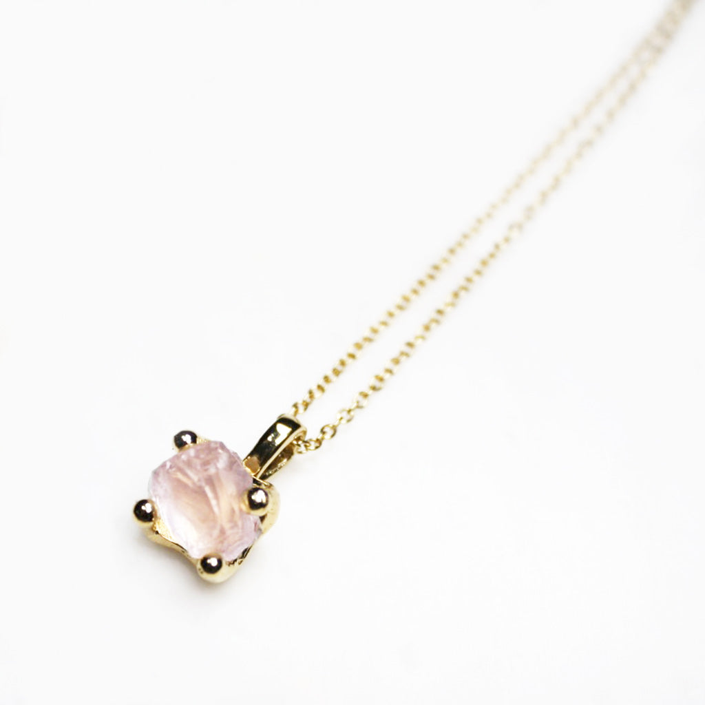 Rose Quartz Gold Necklace. Rose Quartz Gold Pendant. Rose Quartz Necklace. Fine Rose Quartz Gold Necklace. Dainty Gold Necklace. Dainty Gold Chain. Bridal Necklace. Bridal Jewellery. Rose Quartz Crystal Necklace. Gold Crystal Necklace.