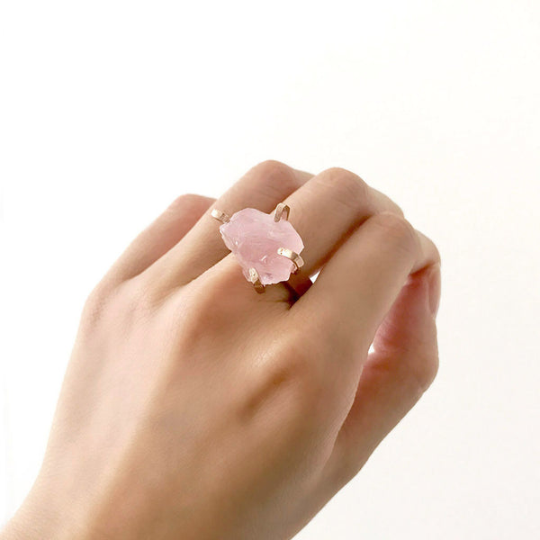 Rose quartz ring. Rose quartz rose gold ring. Rose quartz statement ring. Rose gold statement ring. Rose gold vermeil. Rough gemstone ring. Rough crystal ring.