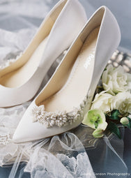 Jasmine - Ivory Embellished Pumps