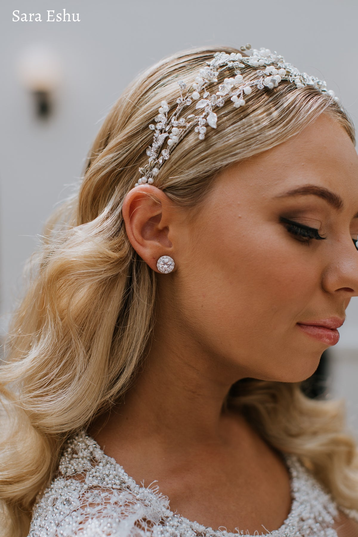 Natalie - Lovely Round Bridal Stud