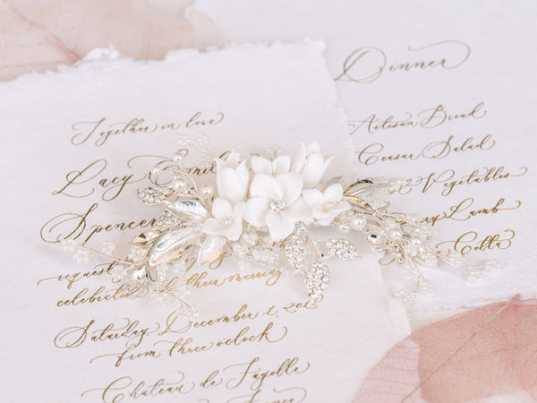 Lila - Delicate Clay Flower & Pearl Clip