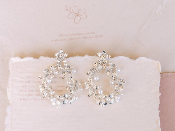 Loop Earrings - Pearl & Crystal