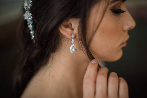 Louise - Pearl Drop Bridal Earrings