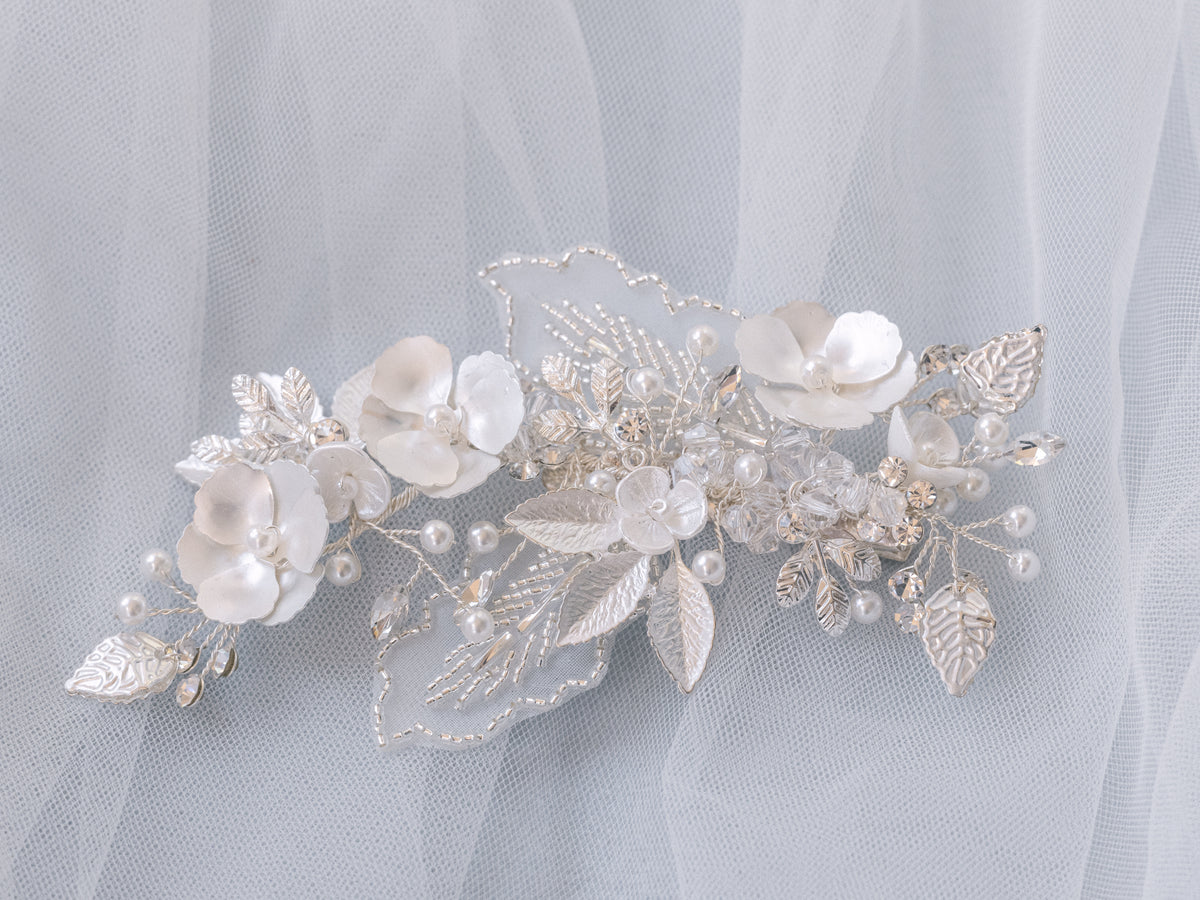 Rosalie - Flower and Lace Leaf Clip