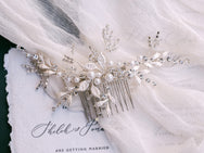 Valarie - Crystal & Pearl Comb