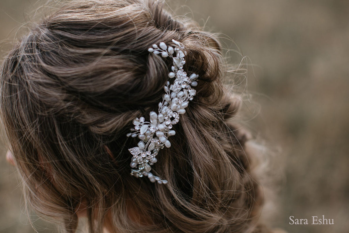 Whitney - Crystal & FW Pearl Clip