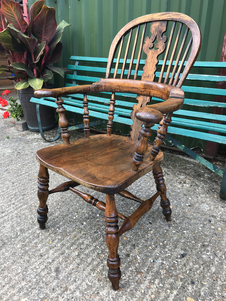 Lancashire Broad Arm Chair in Ash and Elm C1900 CH1