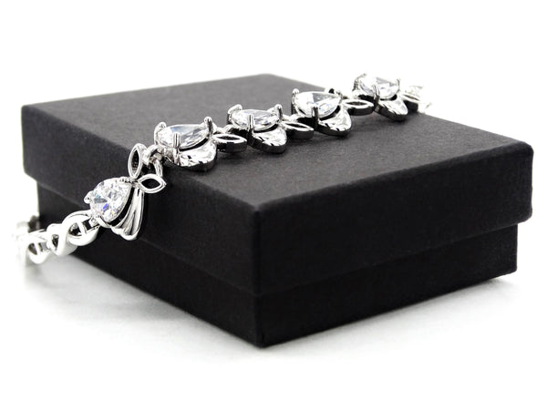 Sparkly white silver plated bracelet GIFT BOX