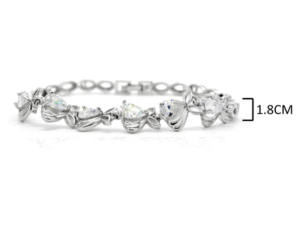 Sparkly white silver plated bracelet MEASUREMENT