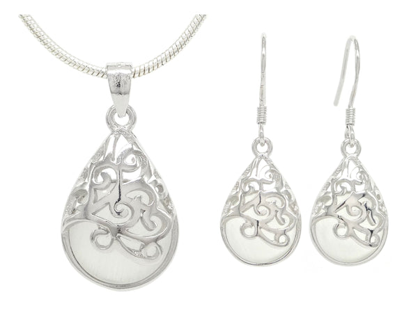 Decorated white moonstone necklace and earrings MAIN