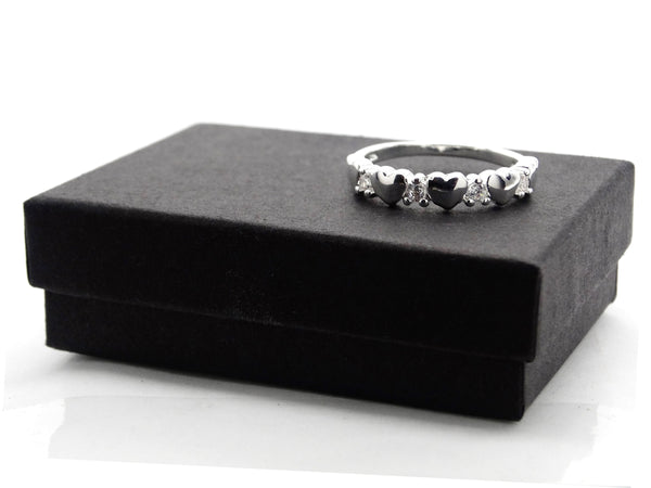 Silver circle of hearts ring GIFT BOX