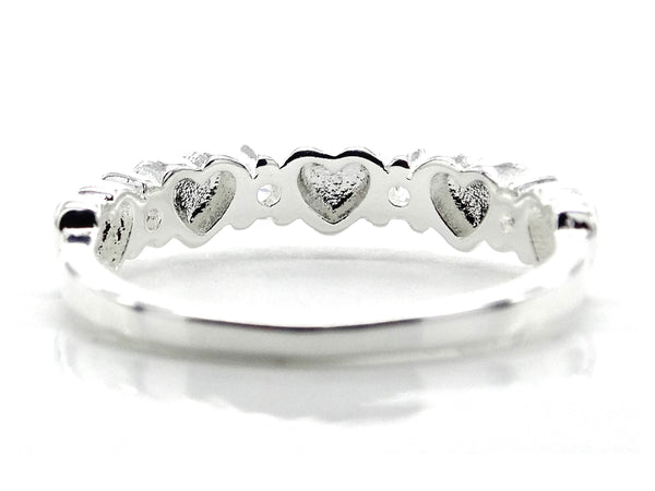 Silver circle of hearts ring BACK