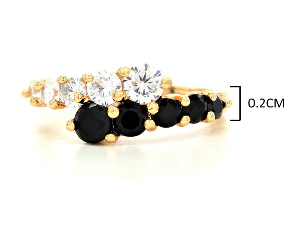 Gold white and black gem ring MEASUREMENT