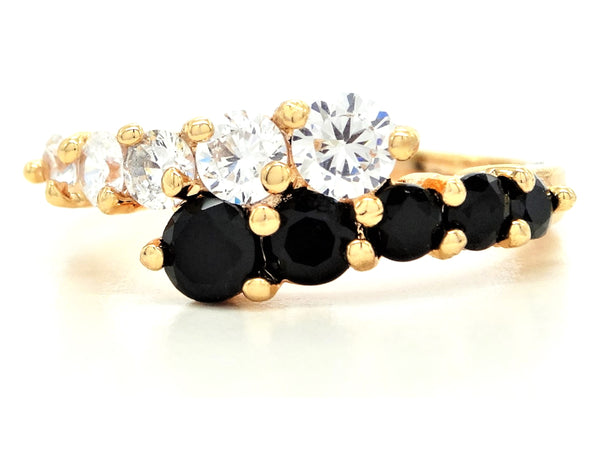 Gold white and black gem ring MAIN