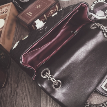 Sleek Genuine Leather Cross Shoulder Bag