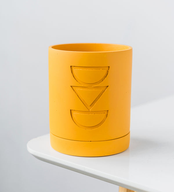 "Capra Designs Etch Pot planter in ""Golden"" design"