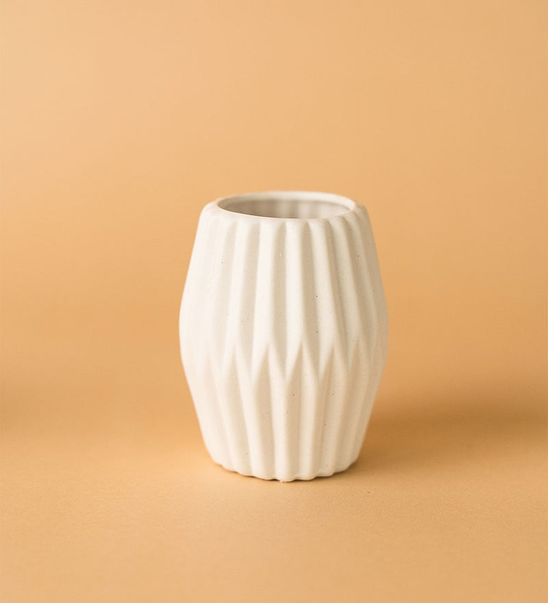Geometric White Ceramic Pot A