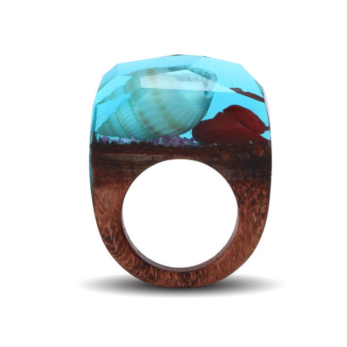 Elegant Shell and Red Rose Undersea Impression Wooden Ring for Women