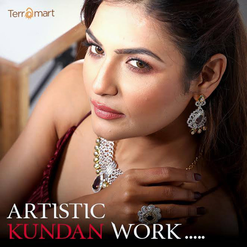 BE A PRINCESS BY WEARING KUNDHAN JEWELLERY FROM TERRAMART!