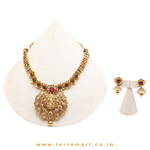 Exclusive Antiques Necklace Set with Earrrings