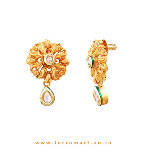 Mesmerizing Antique Pendent Set With White & Gold Stones - Terramart Jewellery