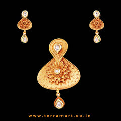 Snazzy Shiny White& Gold Colour Stoned Antique Pendent Set - Terramart Jewellery