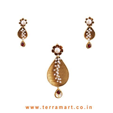 Well Floral Designed Pearl Gold Antique Pendent Set With Pink & White Kundan Stone  - Terramart Jewellery