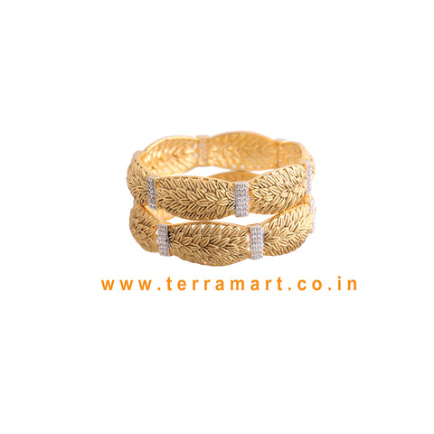 Leaf designed pair bangles with White stone