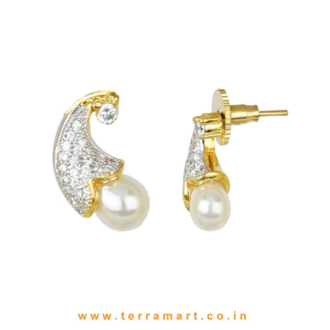 Goodly White Zircon Stone Pendent Set With Pearl - Terramart Jewellery