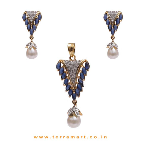 Admirable White & Blue Zircon Stone Pendent Set With Pearl