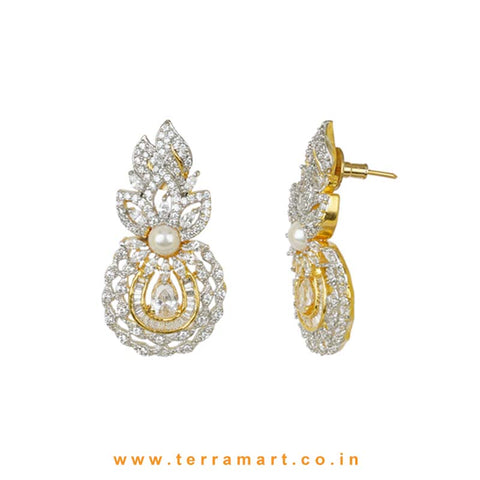 Terramart - Grand and Traditionally Designed Zircon Stone Pendent Set  for Girls / Women (White and Gold)